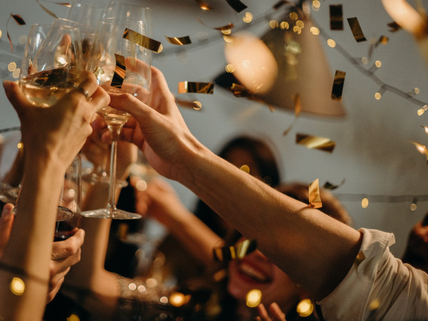 ITS PARTY SEASON! HOW TO STAY ON TRACK